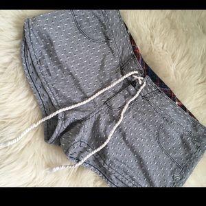 Hurley summer shorts!☀️